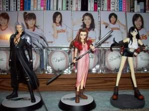 Sephiroth, Aerith, & Tifa figures.