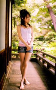 Girl13.jpg
