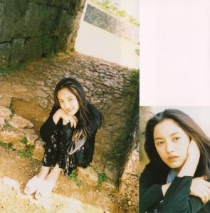 "Nakama Yukie ""Tooi hi no melody"" booklet (scan5)"