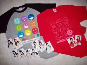 """Momusu & Koha♥chan """"9 Smile"""" concert T-shirt sets..."""