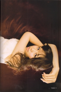Kasai Tomomi in UTB Feb. 2010 (Scan0013)