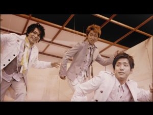 "Arashi ""Love so sweet""..."
