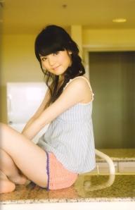 "Michishige Sayumi in ""La"" (Scan0059)"