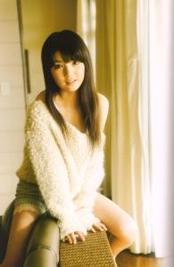 "Michishige Sayumi in ""La"" (Scan0071)"