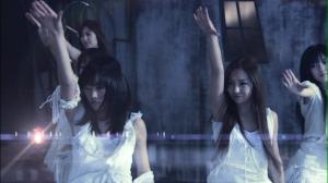 "AKB48 Team Dragon in ""Kokoro no hane""..."