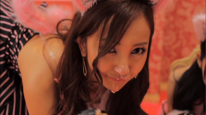 "Tomochin~♥ in ""Heavy Rotation"""