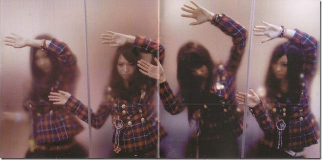 SCANDAL R~GIRL'S ROCK! booklet scan0013
