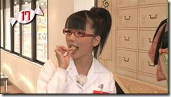 Mano~eating