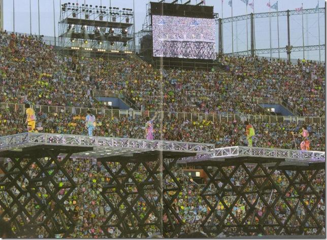 """ARASHI 10-11 TOUR """"SCENE""""~Kimi to boku no miteiru fuukei~ scan0011"""