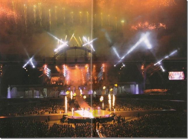 """ARASHI 10-11 TOUR """"SCENE""""~Kimi to boku no miteiru fuukei~ scan0016"""