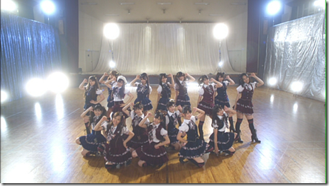 "AKB48 Team B in ""Love Jump""..."
