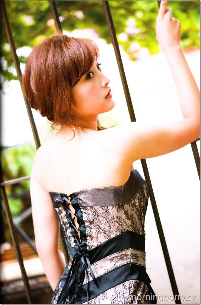 "Ishikawa Rika ""Lucky☆"" shashinshuu scan IMG_0042"