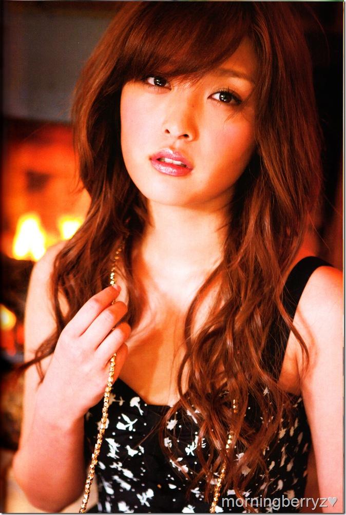 "Ishikawa Rika ""Lucky☆"" shashinshuu scan IMG_0046"