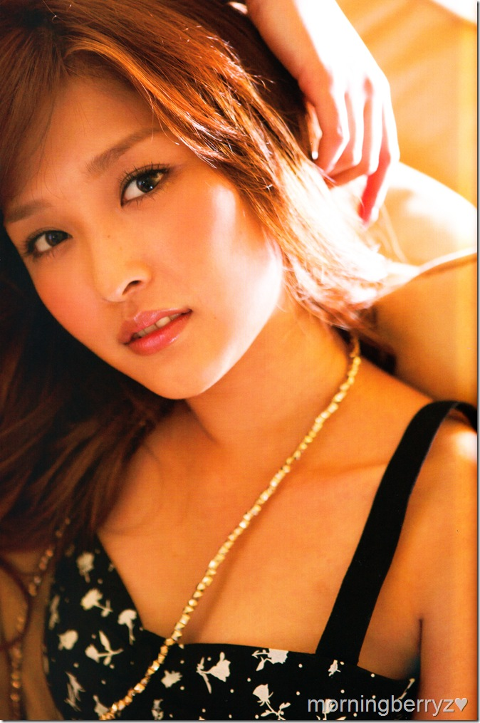 "Ishikawa Rika ""Lucky☆"" shashinshuu scan IMG_0051"