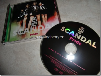 "SCANDAL ""Pride"" first press single"