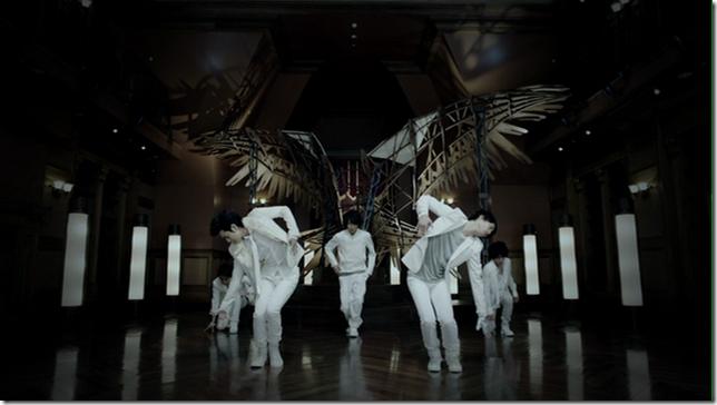 """ARASHI in """"Lotus""""..."""