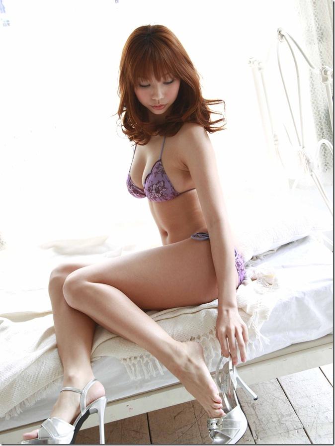 Koizumi Maya 003