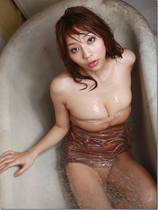 Koizumi Maya 040