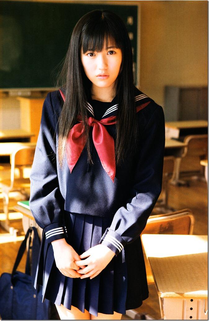 Watanabe Mayu 1st photo book Mayuyu  (13)