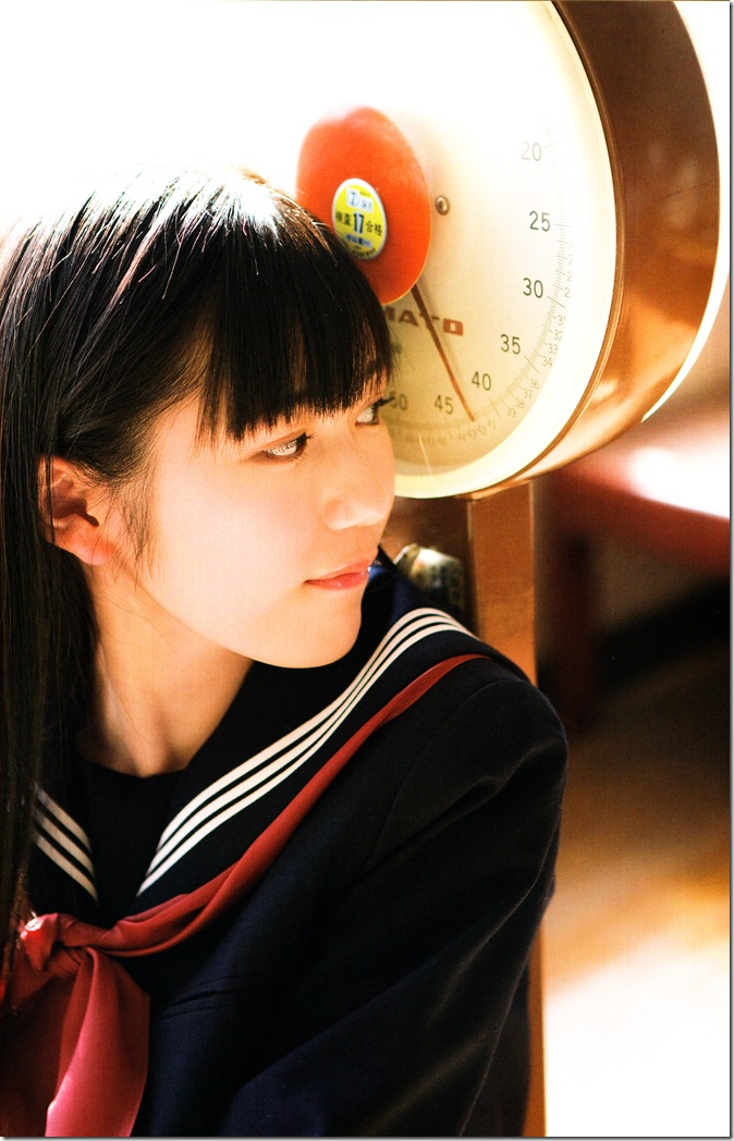Watanabe Mayu 1st photo book Mayuyu  (15)