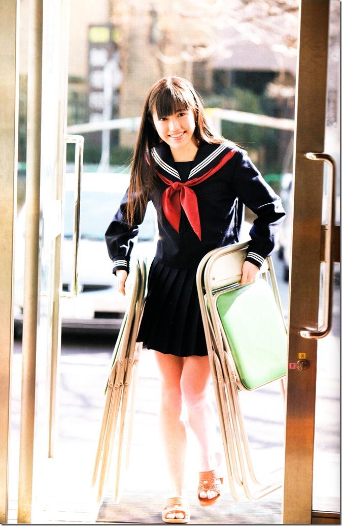Watanabe Mayu 1st photo book Mayuyu  (18)