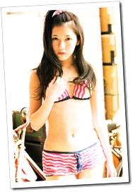 Watanabe Mayu 1st photo book Mayuyu  (29)