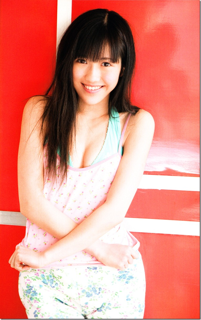 Watanabe Mayu 1st photo book Mayuyu  (35)