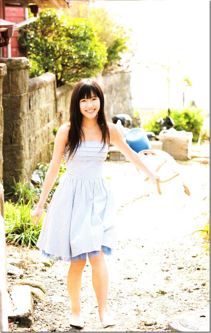 Watanabe Mayu 1st photo book Mayuyu  (41)