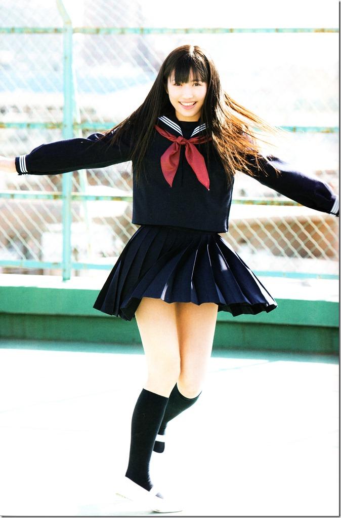 Watanabe Mayu 1st photo book Mayuyu  (6)