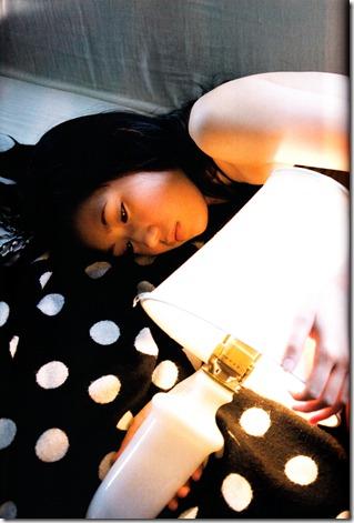 Watanabe Mayu 1st photo book Mayuyu  (70)