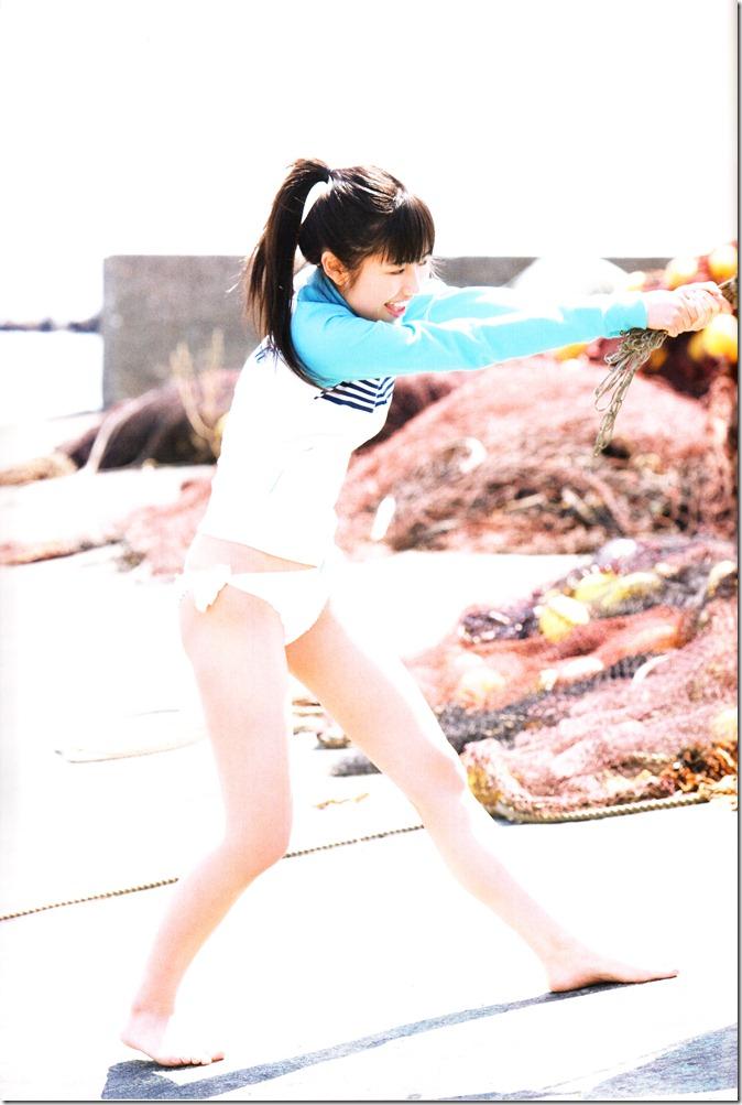 Watanabe Mayu 1st photo book Mayuyu  (86)