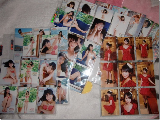 Koike Yui Official Card Collection sweet chocolat (71 of 72 regular cards in sleeves)
