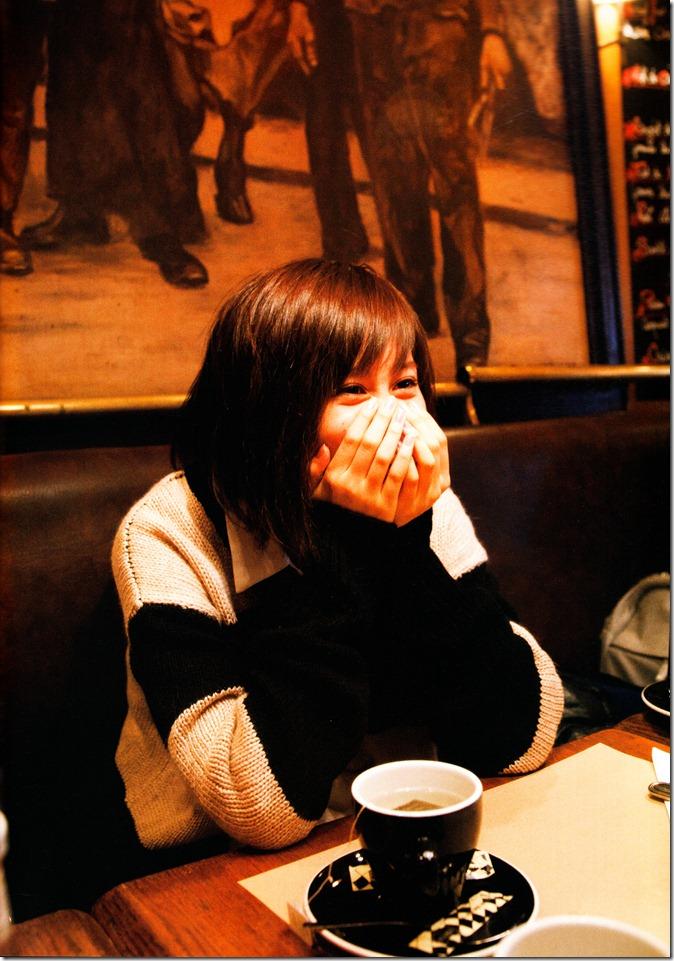 前田敦子不器用写真集 (76)