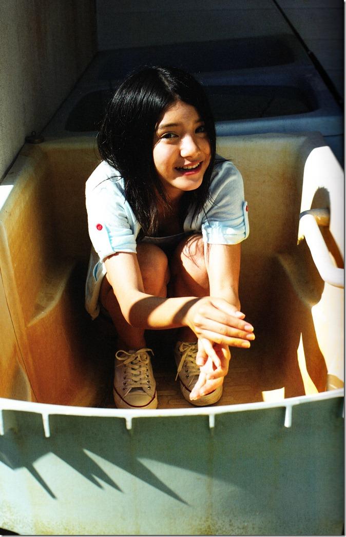 Kawashima Umika Ao no corridor (17)