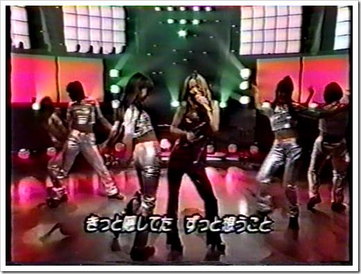 The one where Amurochan forgets the lyrics.. (3)