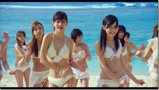 AKB48 in Manatsu no Sounds good! (Dance Version) (10)