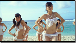 AKB48 in Manatsu no Sounds good! (Dance Version) (13)