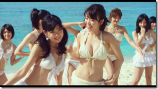 AKB48 in Manatsu no Sounds good! (Dance Version) (15)