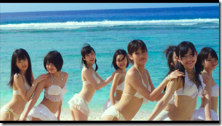 AKB48 in Manatsu no Sounds good! (Dance Version) (17)