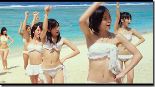 AKB48 in Manatsu no Sounds good! (Dance Version) (18)