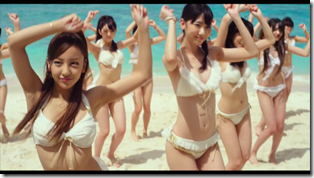 AKB48 in Manatsu no Sounds good! (Dance Version) (2)