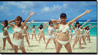 AKB48 in Manatsu no Sounds good! (Dance Version) (3)