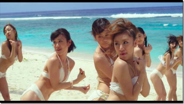 AKB48 in Manatsu no Sounds good! (Dance Version) (5)