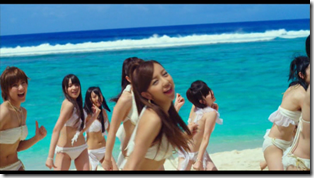 AKB48 in Manatsu no Sounds good! (Dance Version) (9)