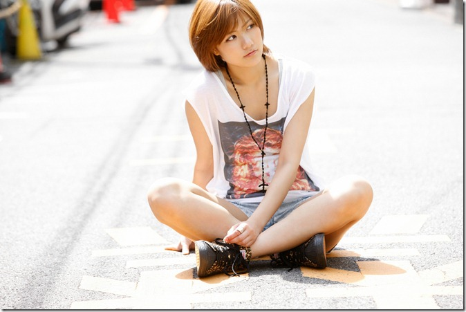宮澤佐江 (21)