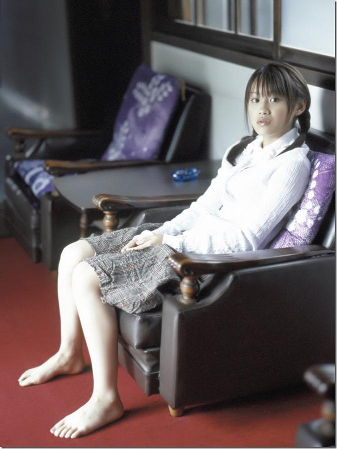 高橋愛 (24)
