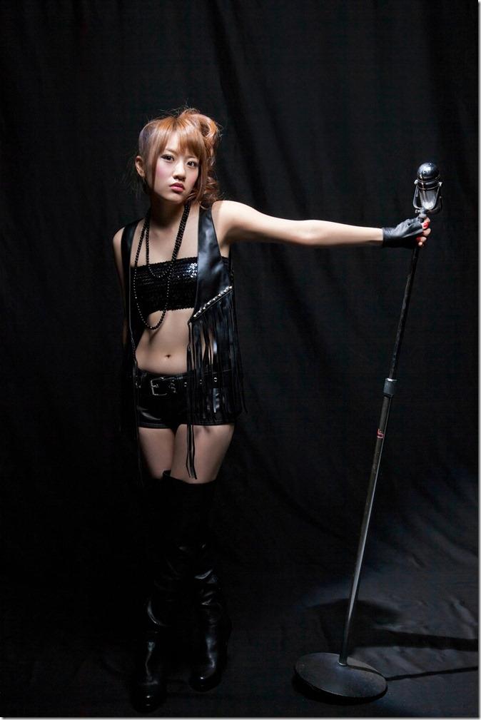 高橋みなみ (53)