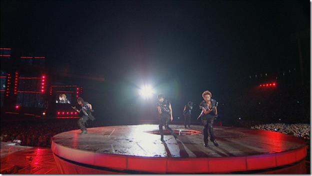 ARASHI in LIVE TOUR Beautiful World (225)