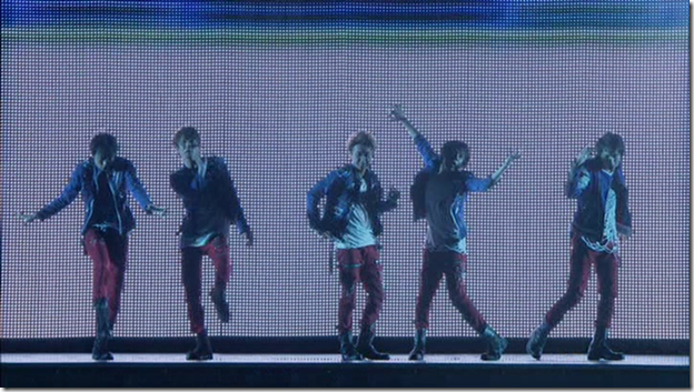 ARASHI in LIVE TOUR Beautiful World (242)
