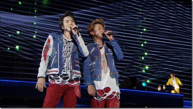 ARASHI in LIVE TOUR Beautiful World (250)
